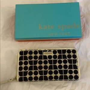 Kate Spade New York Black and Cream Large Wallet